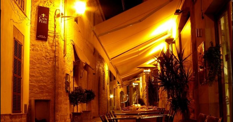 סגירות חורף בבתי קפה ומסעדות